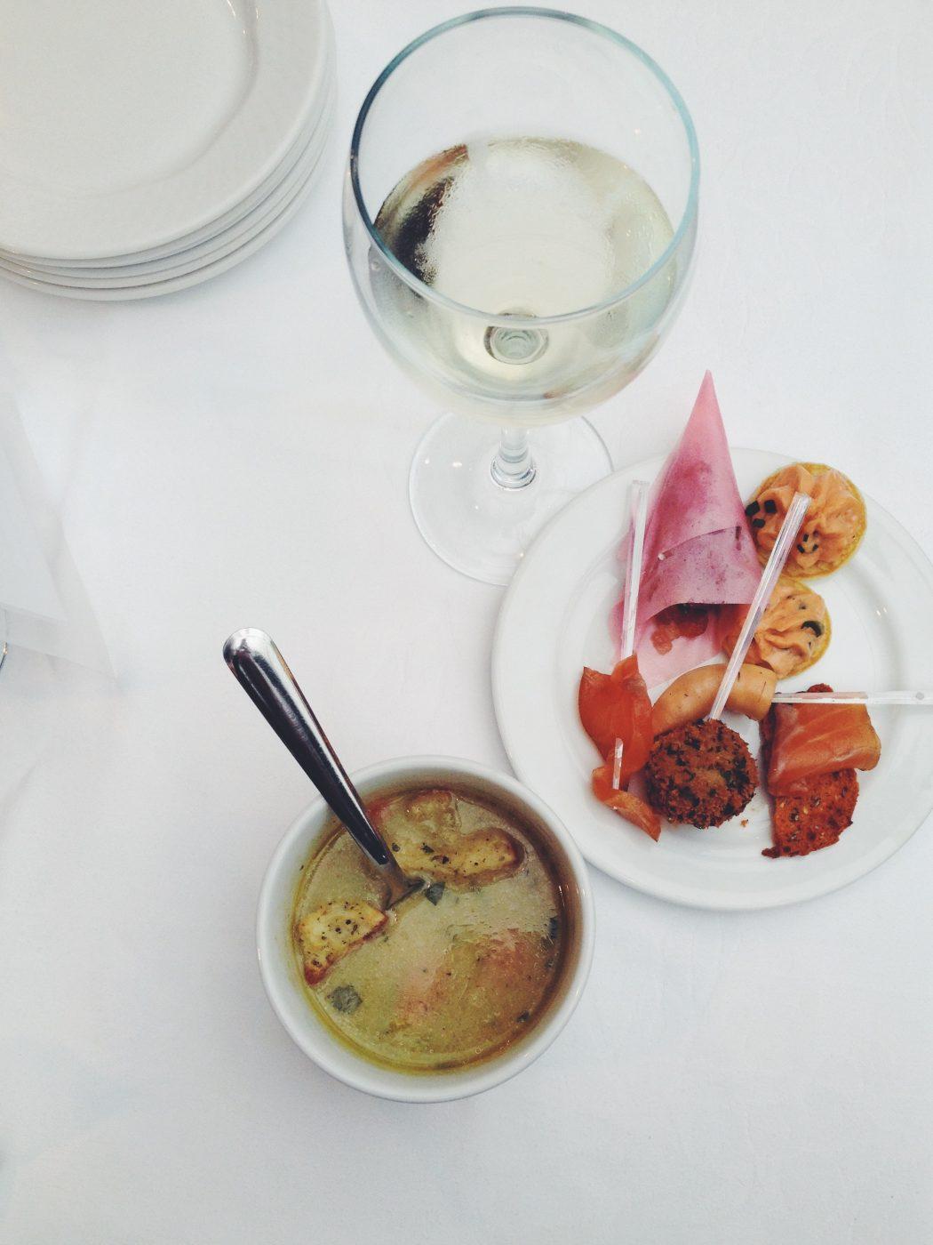 Clam Chowder White Wine Tapas Montreal La Mer