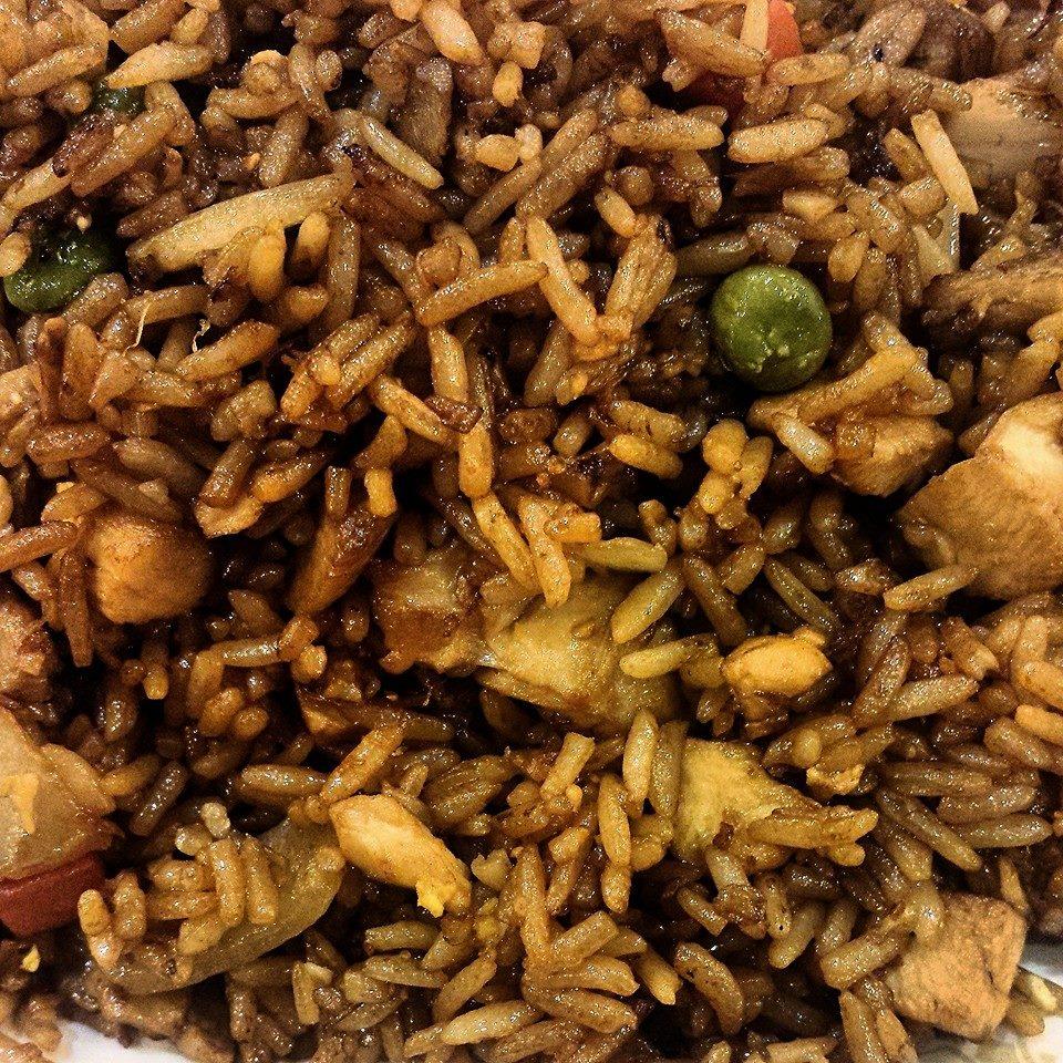 Riz frit au poulet